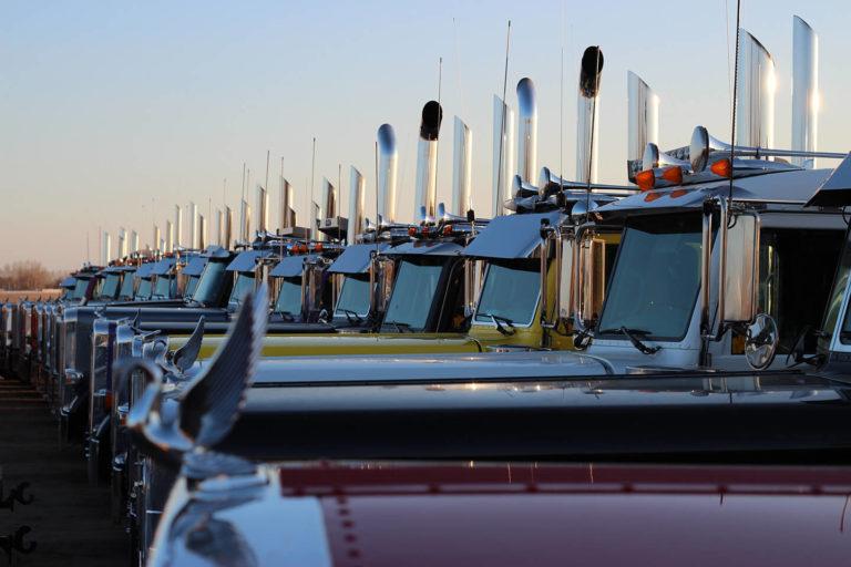 Peterbilt Fleet Side Profile